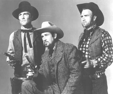 Roy (center) in 'Don Daredevil Rides Again' (1951)